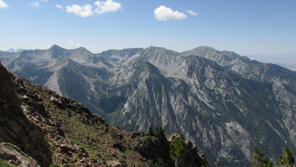 An expansive, birds-eye view of Little Cottonwood canyon is just one of the rewards for climbing Broad's Fork Twin.